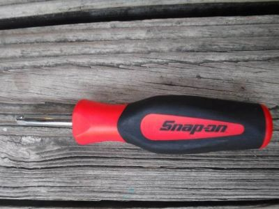 "Snap On Tools 1/4"" Drive SGT4B InstinctSoft Grip Standard Shank Driver"