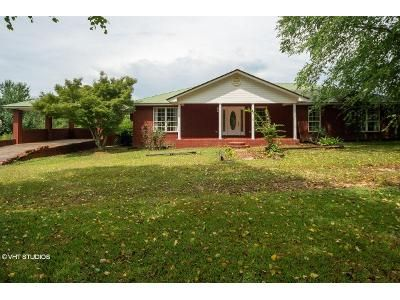2 Bed 2 Bath Foreclosure Property in Atmore, AL 36502 - Booneville Rd