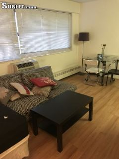 $1670 studio in Center City