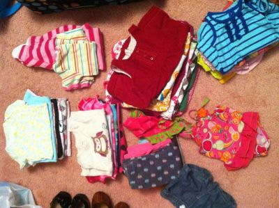 40 piece lot of girl clothes
