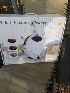 robot vacuum cleaner. NEW