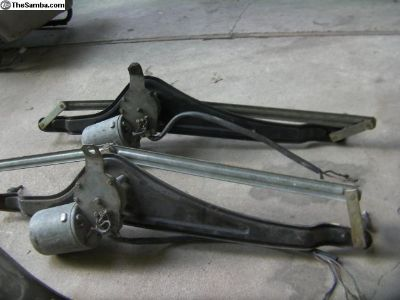 Early Bay wiper motor assembly,