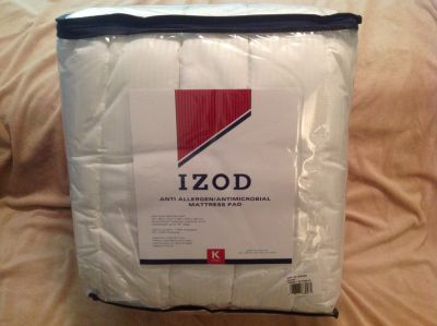 Mattress Pad, white, King Size - NEW IN PACKAGE