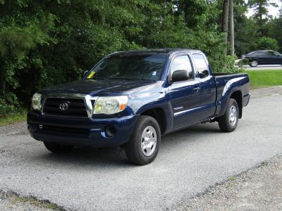 2007 Toyota Tacoma Base (Blue)