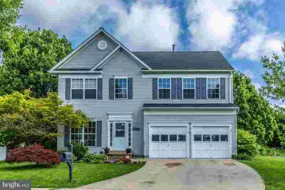 623 Huntover Ln FREDERICK Four BR, Freshly painted throughout!