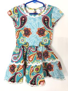 Counting Daisies printed dress size 3