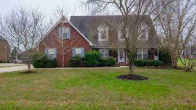 114 McKenzie Ct Murfreesboro Three BR, Beautiful all brick home