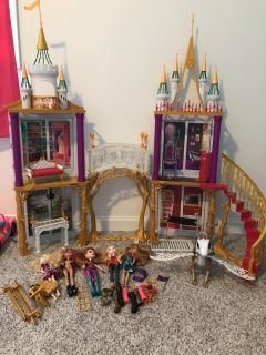 Monster High Castle with dolls and accessories