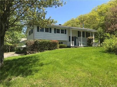 3 Bed 2 Bath Foreclosure Property in Highland Mills, NY 10930 - Rainbow Dr