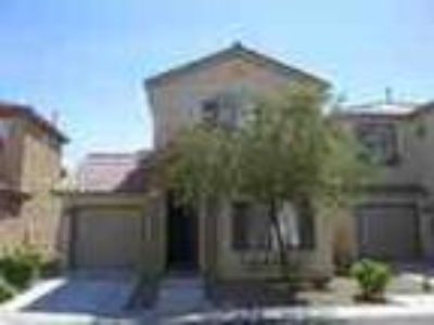 Home In Gated Community With Comm Pool