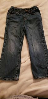 Children's place size 5t jeans with adjustable waist.