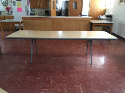 Heavy-Duty 8 Folding Tables/Banquet Tables