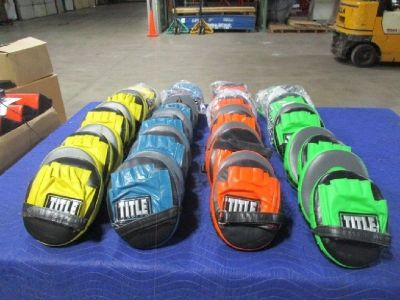 (20) Pair Title Boxing Cobra Training Mitts RTR# 8123605-15