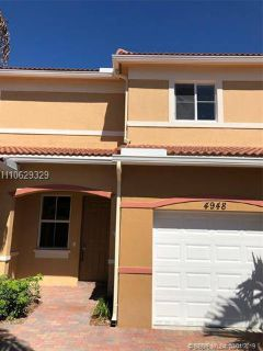 4948 SW 30 ave 4948 Fort Lauderdale, Brand new construction.