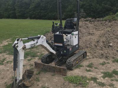 2012 bobcat compact mini excavator.