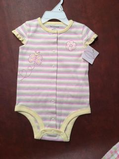 Nwt first moments girls sun suit 6-9 mon