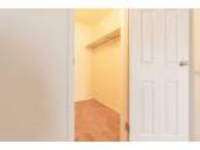 High Point in the Park - 2bed1bath_900sqft