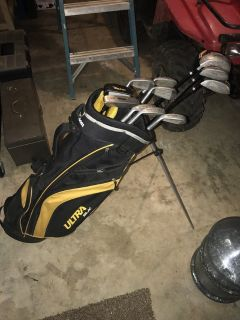 Complete set of Wilson Ultra Black clubs w/Bag