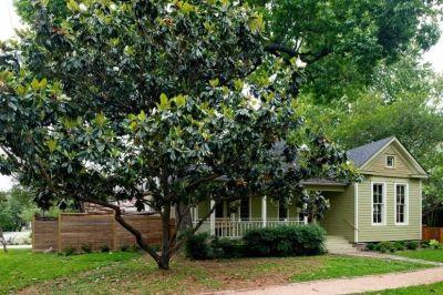 $5900 3 single-family home in Inner Loop