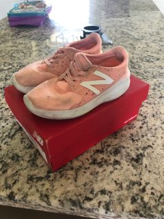 New balance size 10 toddler shoes
