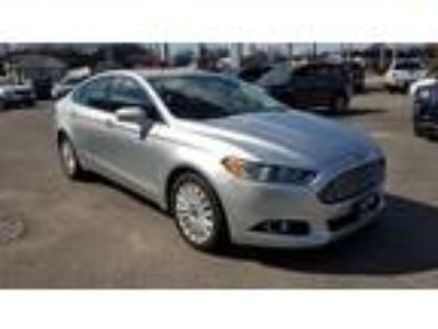 $12995.00 2016 FORD Fusion with 77456 miles!