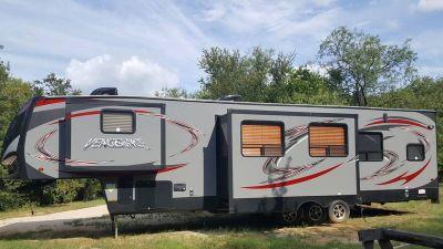 2015 Forest River Cherokee Vengeance 377V