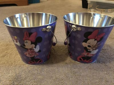 Set of 2 Minnie Mouse buckets. NWT