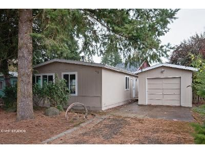 2 Bed 2 Bath Foreclosure Property in Lafayette, OR 97127 - W 9th St