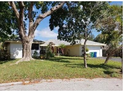 4 Bed 2 Bath Foreclosure Property in Pompano Beach, FL 33065 - NW 113th Ln