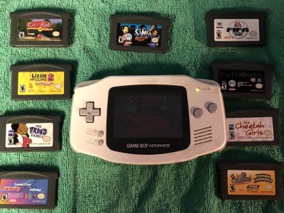 Game Boy Advance & 10 Games Back battery cover is missing