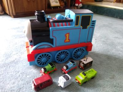 Thomas Train Carry Case & Die Cast Trains
