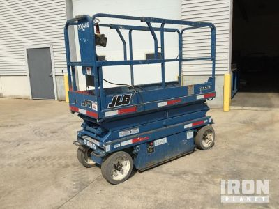 JLG 2032E2 Electric Scissor Lift