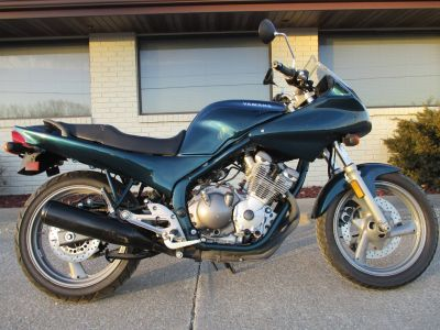 1993 Yamaha seca Street Motorcycle Winterset, IA