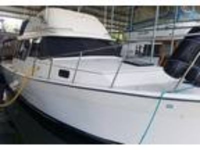 Bayliner - Explorer 3270 Command Bridge