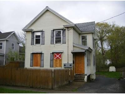 4 Bed 1.5 Bath Foreclosure Property in Pittsfield, MA 01201 - King St