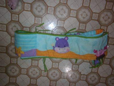 FISHER PRICE BUMPER PAD FITTED CRIB SHEET AND BEDSKIRT SET
