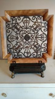 Wall hanging or table deco with it's own stand.