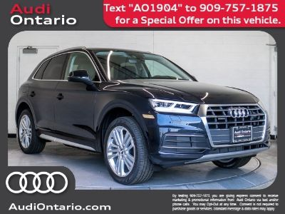 2019 Audi Q5 Premium Plus (Moonlight Blue Metallic)