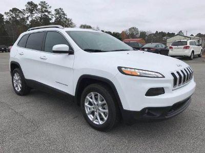 2018 Jeep Cherokee LATITUDE PLUS FWD (Bright White)