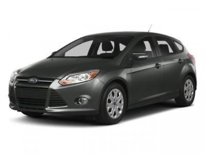2014 Ford Focus SE (Gray)