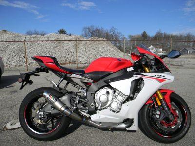 2015 Yamaha YZF-R1 Sport Motorcycles Springfield, MA