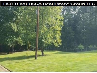 3 Bed 1.5 Bath Foreclosure Property in Marietta, GA 30064 - Pine Lake Dr NW