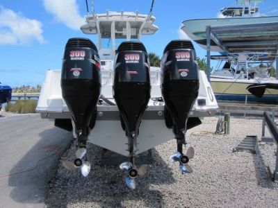 """Purchase Single 2009 Suzuki DF300 300+hp 30"""" outboard engine Runs Excellent No Reserve! motorcycle in Jupiter, Florida, United States"""