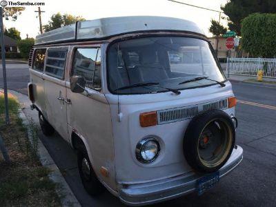 1974 Volkswagen VW Westfalia Pop Top Camper Bus