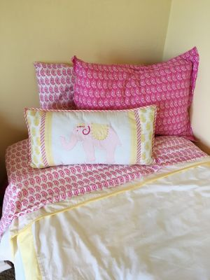 Pottery Barn Girls Twin Bedding Set