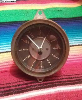 Early Bay Window Clock. 7.68