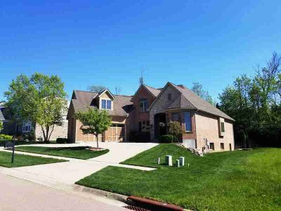 5123 Emerald View Drive MAINEVILLE Four BR, Beautiful custom