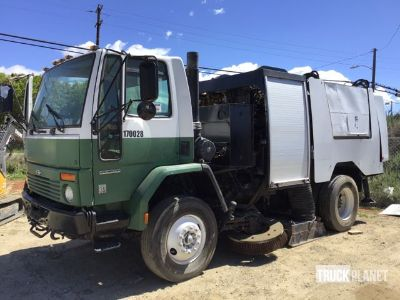 2002 Sterling SC8000 Sweeper Truck