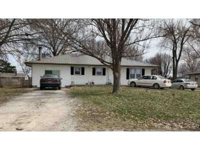 3 Bed 2 Bath Foreclosure Property in Orrick, MO 64077 - Kent St