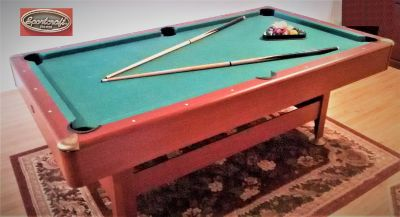 Sport craft pool table 7 ft. like new